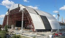 Arbeitsfortschritt des Bogens in Tschernobyl (Bild: Novarka)