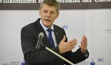 VCI-Hauptgeschäftsführer Dr. Utz Tillmann sieht den Vorschlag der EU-Kommission zur Definition endokriner Disruptoren kritisch. (Bild: VCI)