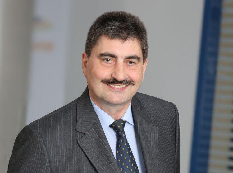 Gottlieb Hupfer, Geschäftsführender Gesellschafter,  Almawatech
