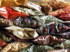 Lebensmittel-Verpackungen stehen in Indonesien für rund 70 % des Kunststoffverbrauchs. Bild: Africa Studio – Fotolia