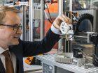 3D-Drucker setzen sich für die Herstellung von Kleinserien und Einzelanfertigungen mehr und mehr durch. Bild: Igus