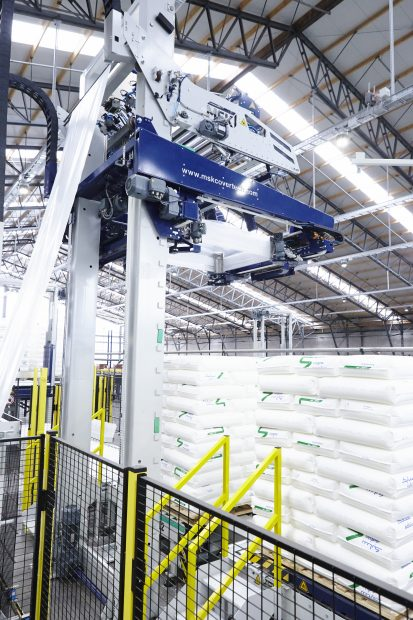 in-der-folienverpackung-kommt-die-stretchhaubentechnologie-msk-tensiontech-zum-einsatz