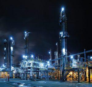 Moderne LED-Technik zur Ausleuchtung von Industrieanlagen muss effizient und temperaturbeständig sein. Bild: R. Stahl