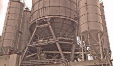Turmhoch und reichlich gefüllt: Betriebssichere Silos erfordern zahlreiche verschiedene Elemente. Bild: WAM