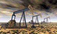 Trübe Aussichten hatte zumindest die IEA gewittert, und der Ölpreis-Crash im Januar 2016 mit einem Kurs unter 30 US-Dollar pro Barrel schien der Energiagentur zunächst recht zu geben. Die Prognose für einen Jahresdurchschnitt von 38 Dollar stellte sich letztendlich doch als etwas zu niedrig heraus: Die Agentur selbst veröffentlichte rückblickend für das vergangene Jahr einen Durchschnittspreis von 43,74 US-Dollar für ein Barrel der Ölsorte Brent. (Bild: Michael Rosskothen – Fotolia)