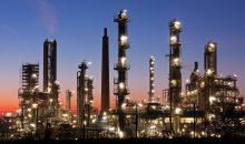 Einer Umfrage der Agentur Reuters zufolge liegt der Durchschnittswert für 2017 etwas niedriger. Die befragten Analysten nannten im Durchschnitt einen Brent-Ölpreis von 57 US-Dollar pro Barrel.(Bild: Fotolia – Thorsten Schier)
