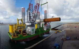 Port of Rotterdam sif-overslag-eerste-monopile