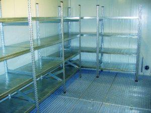 Die Container eignen sich zur Lagerung, aber auch für kleinere Umfüllarbeiten. Bild: Protectoplus Lager- und Umwelttechnik GmbH