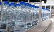 PEF könnte in Zukunft PET als Flaschenmaterial ersetzen. (Bild: Alterfalter – Fotolia)