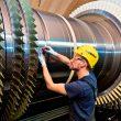 Siemens wird zwei Gasturbinen vom Typ SGT5-4000F und weitere Schlüsselkomponenten für das Gas- und Dampfturbinen-Kraftwerk Sabiya Extension 3 nach Kuwait liefern. (Bild: Siemens)