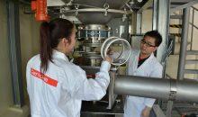 Vorbereitungen für einen Kundenversuch im Gericke Testcenter in Singapur. (Bild: Gericke)
