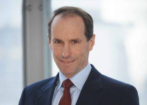 Mit der Berufung Dr. Timmermanns werden dann bis Jahresende fünf Vorstandsmitglieder das Unternehmen leiten. Dr. Peter Buthmann (65) wird, wie schon berichtet, Ende Dezember 2017 planmäßig aus dem Gremium ausscheiden.