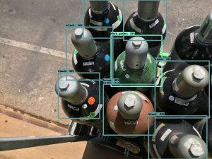 Mit einer auf Deep Learning-Methoden basierenden Bilderkennung lassen sich Gasflaschen identifizieren