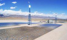 Im Solarthermiekraftwerk in Delingha sollen 10.000 Getriebe von Auma Riester installiert werden. (Bild: Auma)