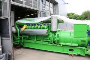 Abb2_Einbringen des Erdgas-BHKW