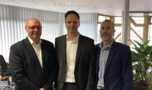 Es freuen sich über die Übernahme, v. l. n. r.: Chris Gill, Global Director Chemicals, Paul Curry, General Manager Deutschland, und Michael Wieber, Ludwigshafen Office Manager von Worley Parsons.