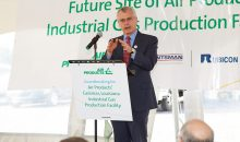 Corning Painter, Executive Vice President Industrial Gases bei Air Products, bei der Spatenstich-Zeremonie für den neuen Methan-Dampfreformer am Huntsman-Standort in Geismar, Louisiana. (Bild: Air Products)