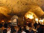 Am ersten Achema-Abend lud die CHEMIE TECHNIK zur VIP-Nacht in den Gewölbekeller des Schlosses Höchst ein. (Bild: Redaktion)