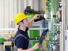Von der Entwicklung eines eigenen Servicegeschäfts verspricht sich der Großanlagenbau eine Verstetigung seiner Umsätze, Einblicke in die konkreten Bedürfnisse der Anlagenbetreiber sowie Impulse für die Forschungsarbeit. Bild: industrieblick - stock.adobe.com