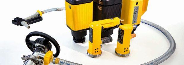 Die Containerpumpe ist beim Fördern aus IBC eine kompakte Alternative zur vertikalen Fasspumpe. Bilder: Lutz Pumpen