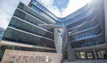 Im Juni 2016 wurde die neue Konzern-Zentrale der Siemens AG in München eröffnet. Das Unternehmen beschäftigt heute rund 348.000 Mitarbeiter und ist in über 200 Ländern weltweit aktiv. Bis heute prägen seine Leidenschaft für Ingenieurskunst und das Streben nach wegweisenden Erfindungen und Lösungen das von ihm gegründete Unternehmen.