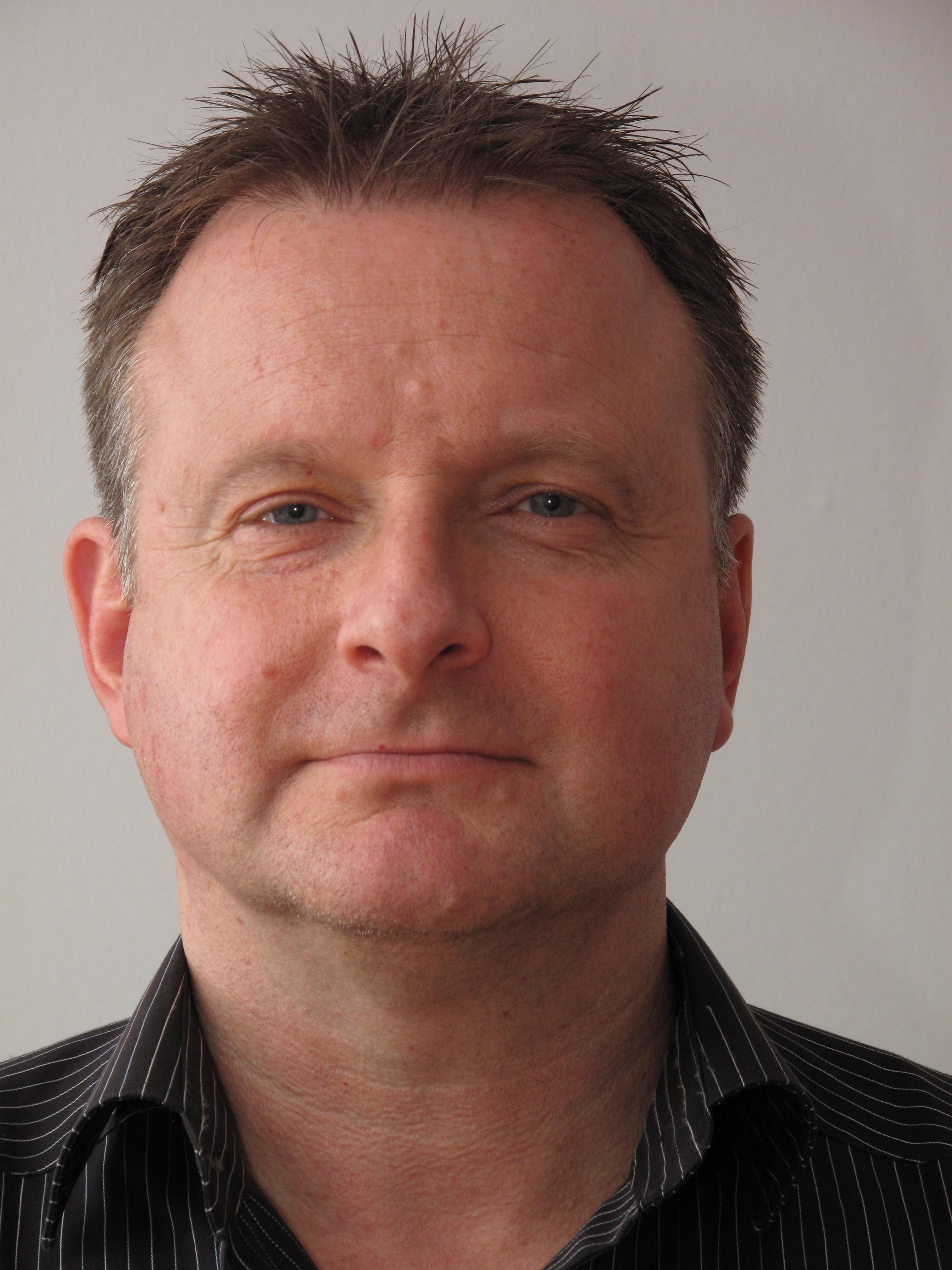 Olaf Löwe ist Technischer Leiter AwSV und Abteilungsleiter Anlagenüberwachung bei TÜV Süd Chemie Service