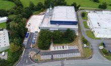 Fluor hat am Standort Wrexham, Wales, eine Adhesiv-Anlage für Solvay fertiggestellt. (Bild: Business Wire)