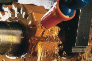 DMTD-Derivate kommen insbesondere bei Schmierstoffen für Stahllegierungen zum Einsatz, die Buntmetalle enthalten. (Bild: Lanxess)