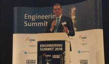Marcel Fasswald, CEO von Thyssenkrupp Industrial Solutions, hielt die erste Keynote zum Engineering Summit. Bild: Redaktion