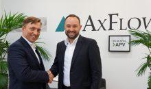 Igor Magel (Channel Sales Manager SPX FLOW Technology Germany) und Georg Niebch (Geschäftsführer AxFlow) (Bild: Axflow)