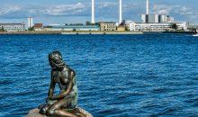 Da könnte sich die kleine Meerjungfrau noch umschauen: bis 2040, so ein kühner Plan, soll vor Kopenhagen auf künstlichen Inseln ein neues Industriegebiet entstehen. Bild: ArTo - Adobe Stock