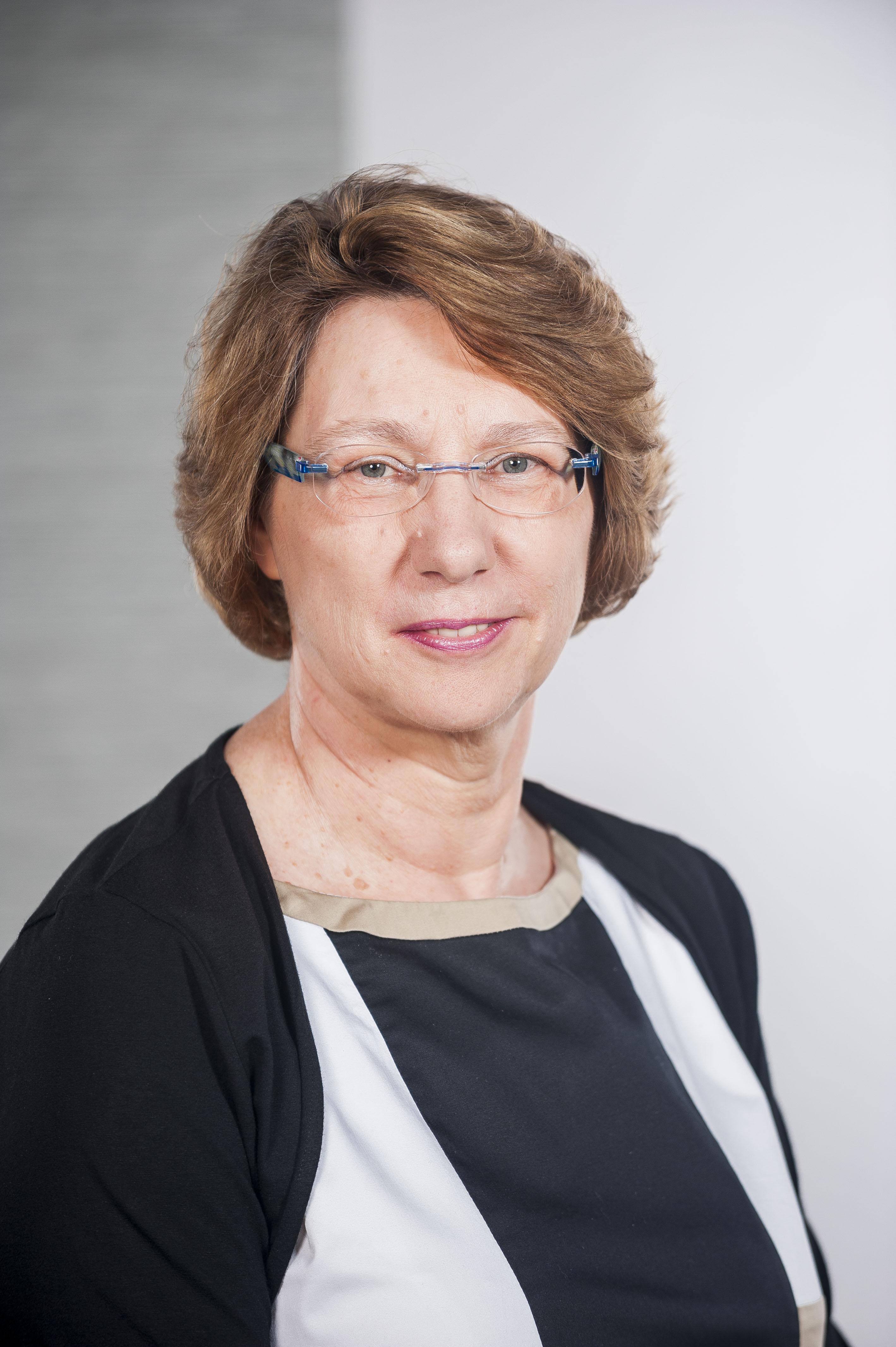 Dr. Helga Leonhard, TÜV SÜD Chemie Service
