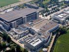Auf Platz 6 steht der französische Konzern Sanofi mit einem Umsatz von 40,9 Mrd. US-D. Im Jahre 2004 durch die Fusion von Sanofi-Synthelabo und Aventis entstanden, konzentriert sich der forschende Konzern in seinem Kerngeschäft auf verschreibungs-pflichtige Medikamente für Therapie und Vorsorge in den Bereichen Onkologie, Herz-Kreislauf und Zentrales Nervensystem.  Bild: Sanofi
