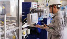 Mit der Inbetriebnahme einer neuen Produktionslinie für Siliconelastomere in Zhangjiagang, China, baut Wacker seine globalen Produktionskapazitäten für Festsiliconkautschuk aus. Insbesondere der regionale Markt kann dadurch schneller beliefert werden. (Bild: Wacker)