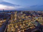BASF hat die Kapazität der Produktionsanlage für Neopentylglykol (NPG) am Verbundstandort Ludwigshafen um 10.000 t/a erhöht.Zusammen mit den Anlagen in Freeport (USA) sowie Nanjing und Jilin (China) steigt die NPG-Kapazität des Chemiekonzerns damit auf über 215.000 t/a.Mehr zum Projekt Bild:  BASF