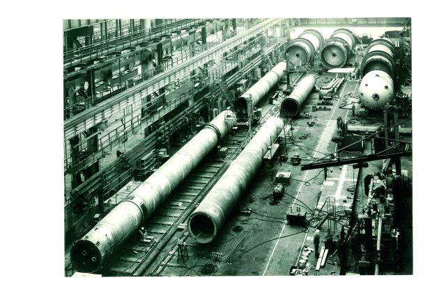 Fertigungshalle von Krupp Industrie- und Stahlbau, Werk Essen, mit Hochdruckbehältern für die Chemieindustrie 1976