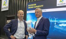 Thomas Leurent (li.), CEO von Akselos, und Tom Blades (re.), CEO von Bilfinger (rechts) haben einen Partnerschaft ihrer beiden Unternehmen vereinbart. (Bild: Bilfinger)