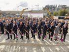 Die Bauarbeiten für die bisher größte Investition des Spezialchemieunternehmens Evonik in Deutschland haben offiziell begonnen.An seinem weltweit größten Standort baut der Konzern seine Gesamtkapazität für Polyamid 12 (PA 12) um mehr als 50 Prozent aus.Mehr zum Projekt Bild:  Evonik