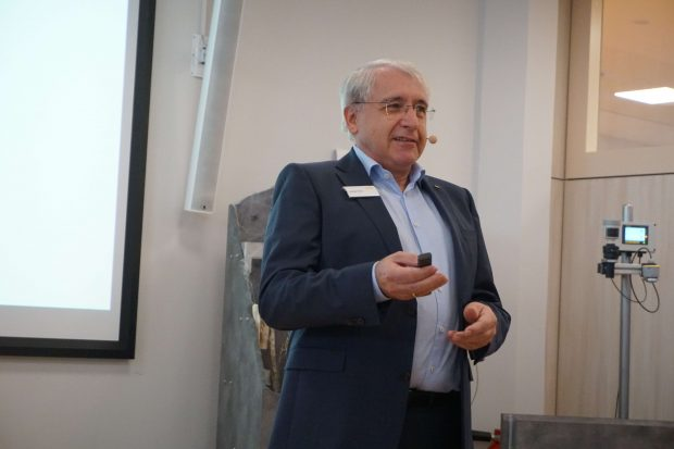 Günter Kech, Geschäftsführer von Vega - Wir sind überzeugt, dass Radar die Ultraschall-Füllstandmessung in den kommenden fünf Jahren verdrängen wird,