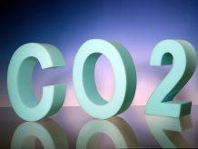 Dank eines neuen und nun preisgekrönten Verfahrens kann CO2 jetzt zur Herstellung von weichem Schaumstoff, wie hier im Bild, genutzt werden. Bild: Covestro