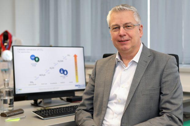 Covestro Deutscher Zukunftspreis - Professor Walter Leitner, RWTH Aachen, erforscht neuartige Katalysatoren, wie sie für die CO2-Nutzung erforderlich sind.