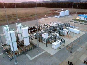 Mit kleinen, modularen Verflüssigungsanlagen wollen Bilfinger und Cryotec die LNG-Lieferkette Lieferkette von der Gasquelle bis zum Endverbraucher sichern. (Bild. Bilfinger)