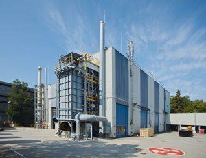 Neue Verfahren wie der gemeinsam von BASF und Linde entwickelte Trockenreformer-Prozess ermöglichen es, CO2-Emissionen zu vermeiden. Bild:Linde