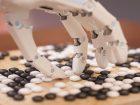 Auf Rang 9 liegt die Bedrohung durch neue Technologien – wie etwa die künstliche Intelligenz. (Bild: Sergey – Fotolia)