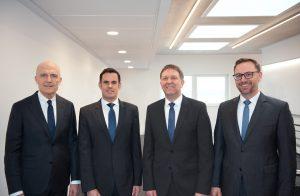 Seepex-Inhaber Ulli Seeberger hat Alexander Kuppe, Dr. Bernd Groß und Dr. Christian Hansen. - von links - in die Geschäftsführung berufen