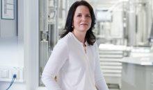 Dr. Susanne Leonhartsberger ist im Konzern zukünftig unter anderem für die Produktion von Acetylaceton und Polyvinylacetat-Festharzen zuständig. (Bild: Wacker)