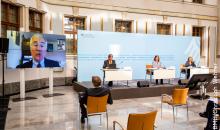 Die Teilnehmer des Petersberger Dialogs schalteten sich diesmal per Videokonferenz zusammen. (Bild: BMU/Christoph Wehrer)