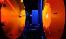 Der Strömungsreaktor hilft den P2X-Wissenschaftlern, das Schadstoffminderungspotential synthetischer Kraftstoffe zu untersuchen. (Bild: DLR)