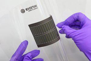 Gedruckte elektronische Komponenten könnten künftig in verschiedenen Bereichen zum Einsatz kommen. (Bild: Evonik)