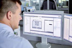 Zur weiteren Vereinfachung der Programmiertätigkeit generiert die Software MTP-Designer die lokale Visualisierung inklusive Faceplates
